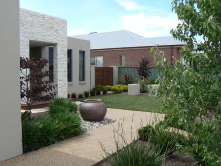 Garden Design - Modern Style House - Contemporary Garden Design & New Garden Design | Roy Roberts Landscapes